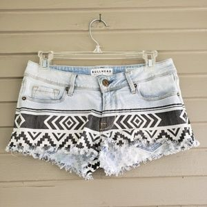 Bullhead Black & White Geometric Frayed Shorts 5